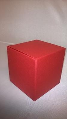 Kubus metalic rood - € 0,80 /stuk - vanaf 10 stuks