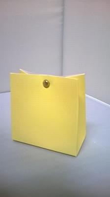 Breed tasje licht geel - € 0,80 /stuk - vanaf 10 stuks