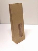 Kraft zakje papier met doorzichtig venster